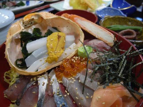 特選海鮮丼定食1900円