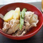 ジャガイモとスナップエンドウ(インゲン)と豚肉煮20200718