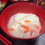 おぼろ豆腐みそ汁 ダイコンずし 刺身